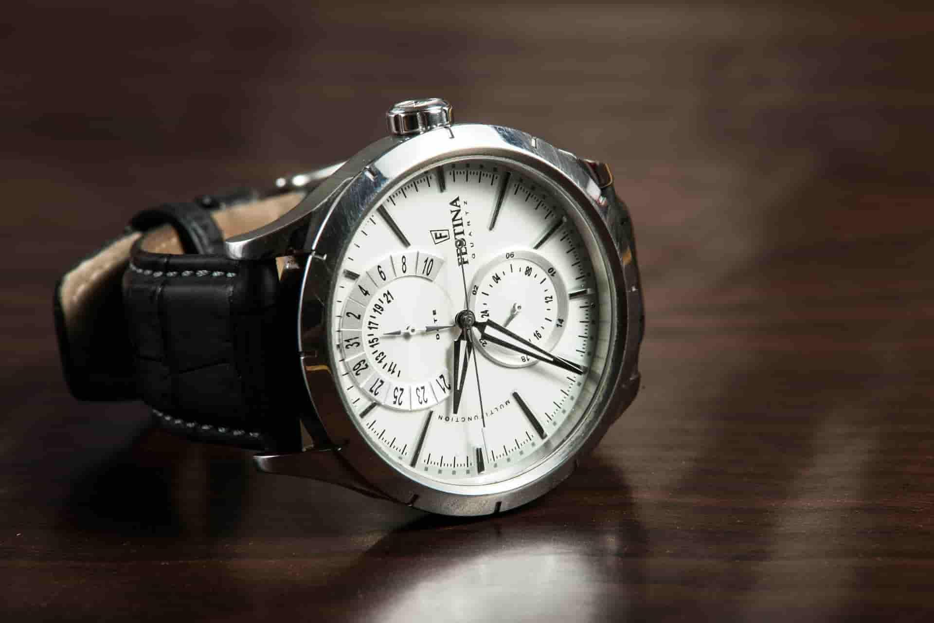 Best Watches for Men under 20000